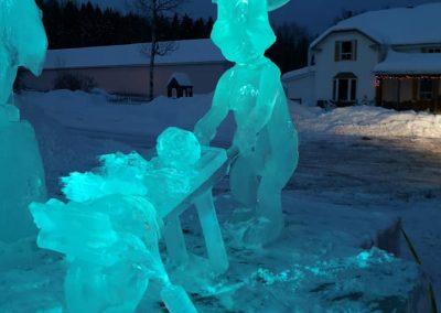 Photo de soir- sculpture sur glace lapin- Festival St-Côme en Glace 2020